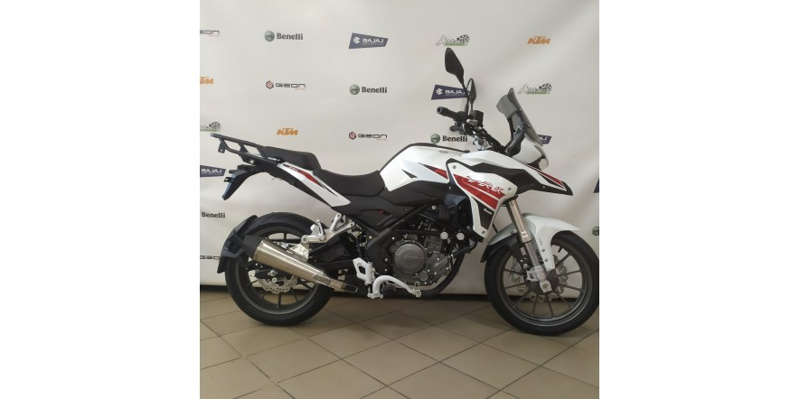 Мотоцикл Benelli TRK 251